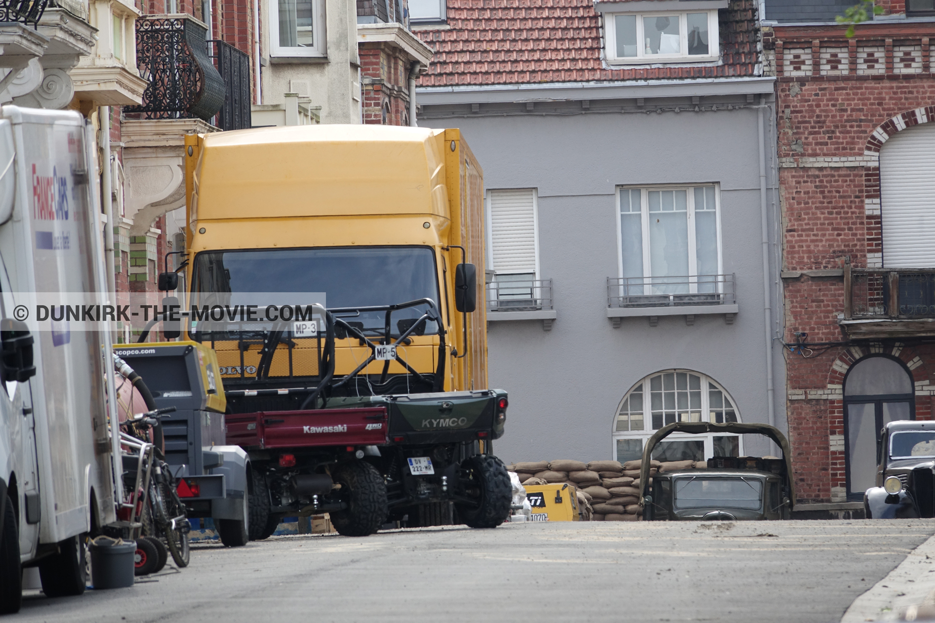 Picture with truck, Belle Rade street,  from behind the scene of the Dunkirk movie by Nolan