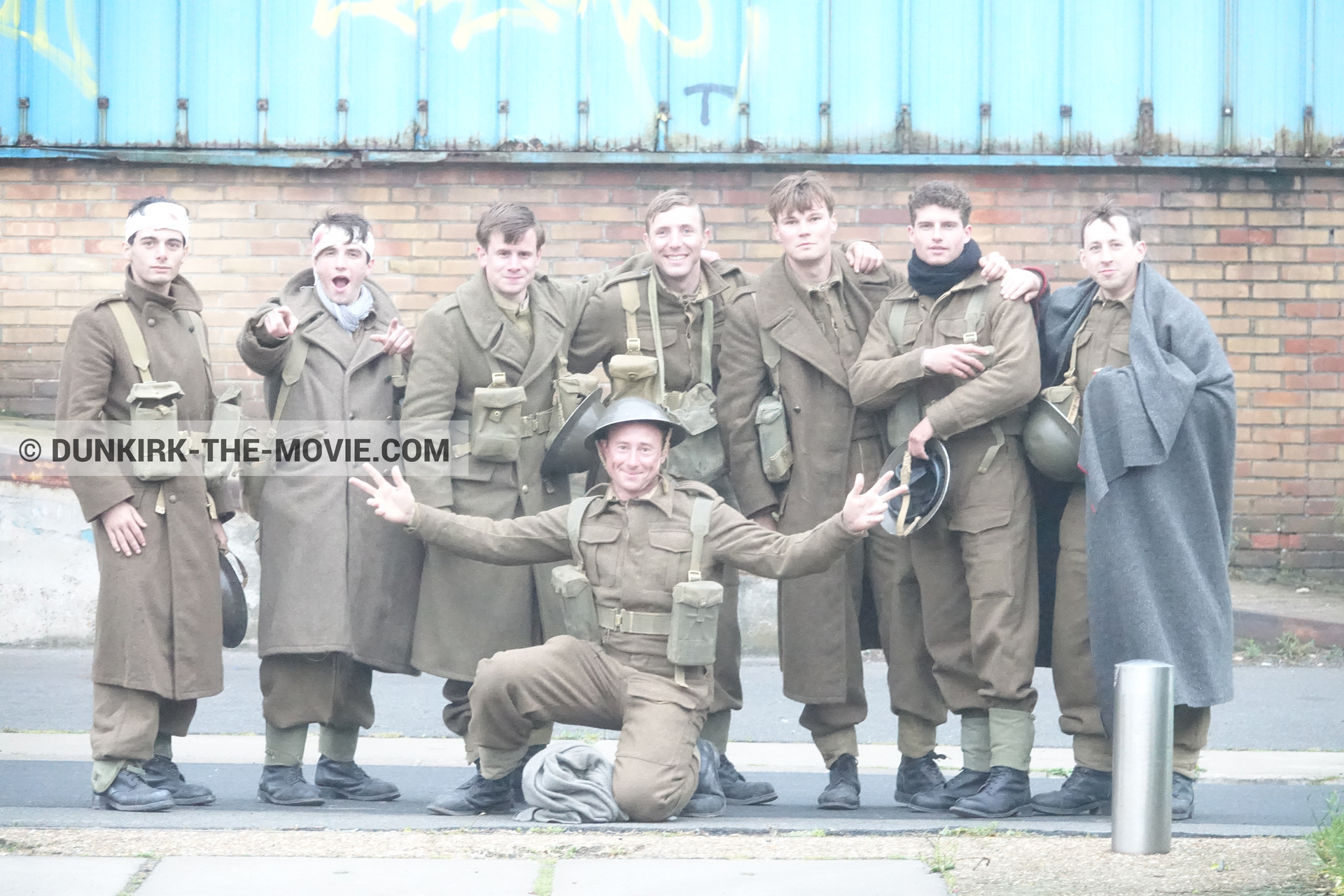 Picture with supernumeraries,  from behind the scene of the Dunkirk movie by Nolan