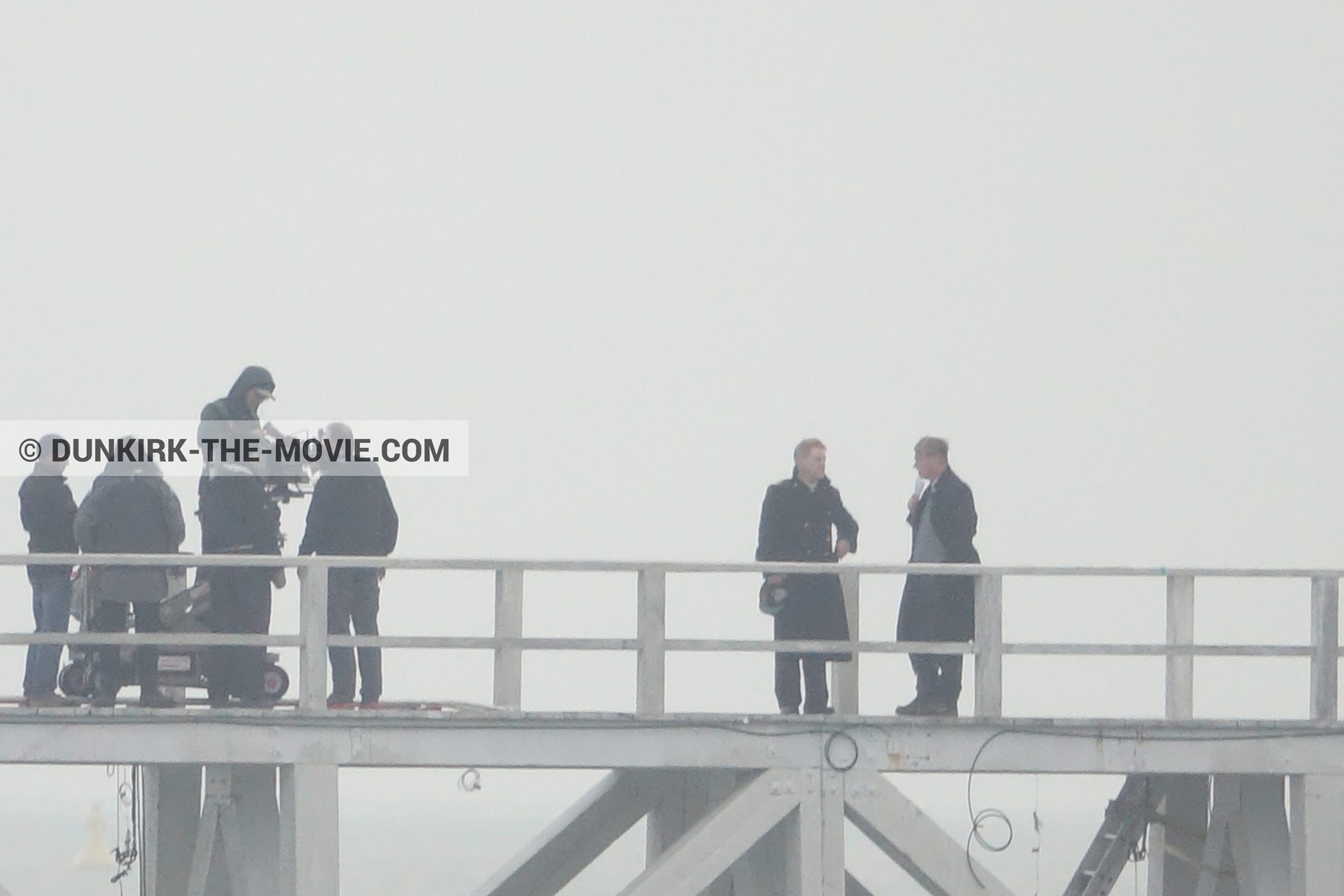 Picture with IMAX camera, Hoyte van Hoytema, EST pier, Kenneth Branagh, Christopher Nolan, technical team,  from behind the scene of the Dunkirk movie by Nolan