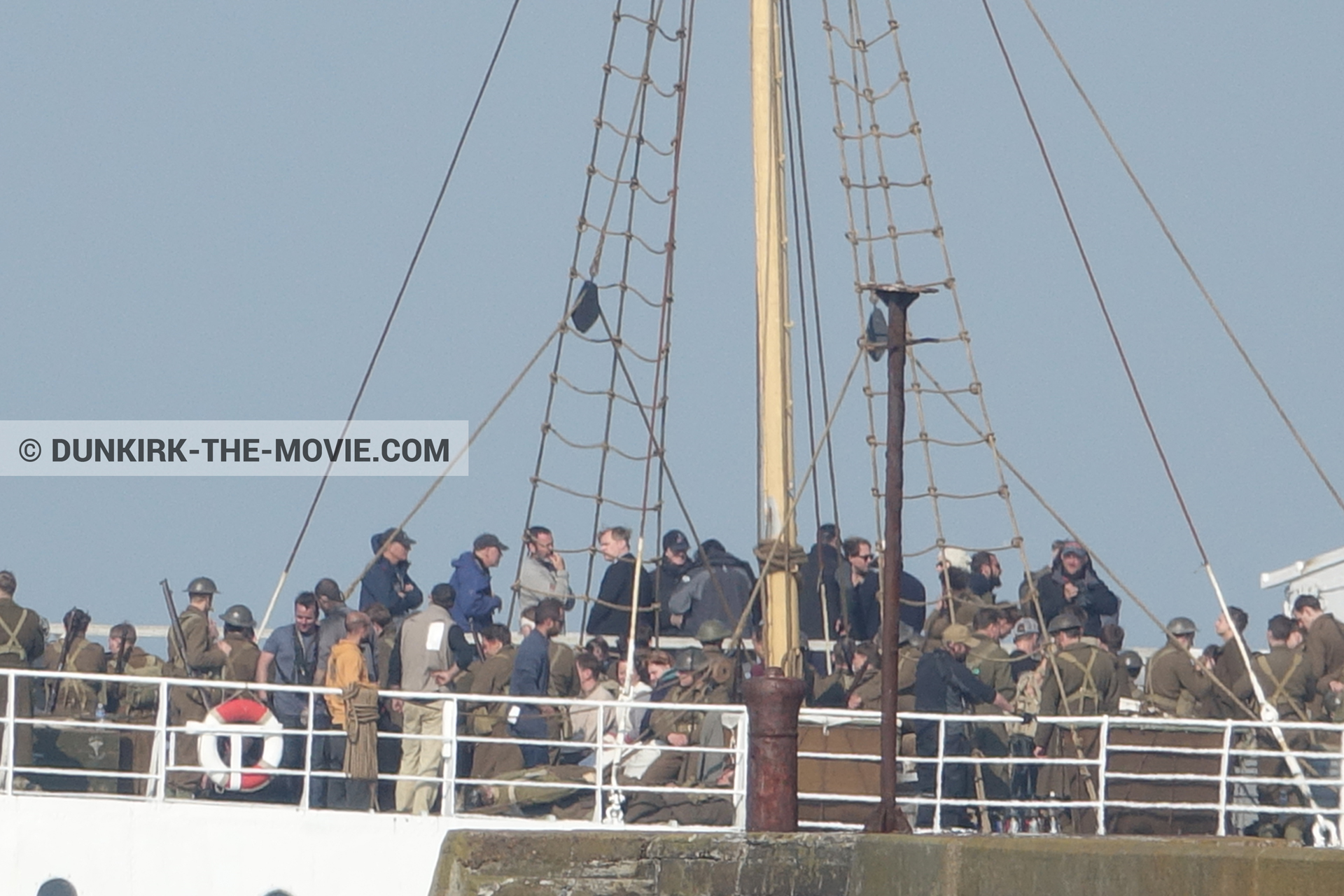 Picture with supernumeraries, Hoyte van Hoytema, EST pier, Christopher Nolan, technical team, M/S Rogaland,  from behind the scene of the Dunkirk movie by Nolan