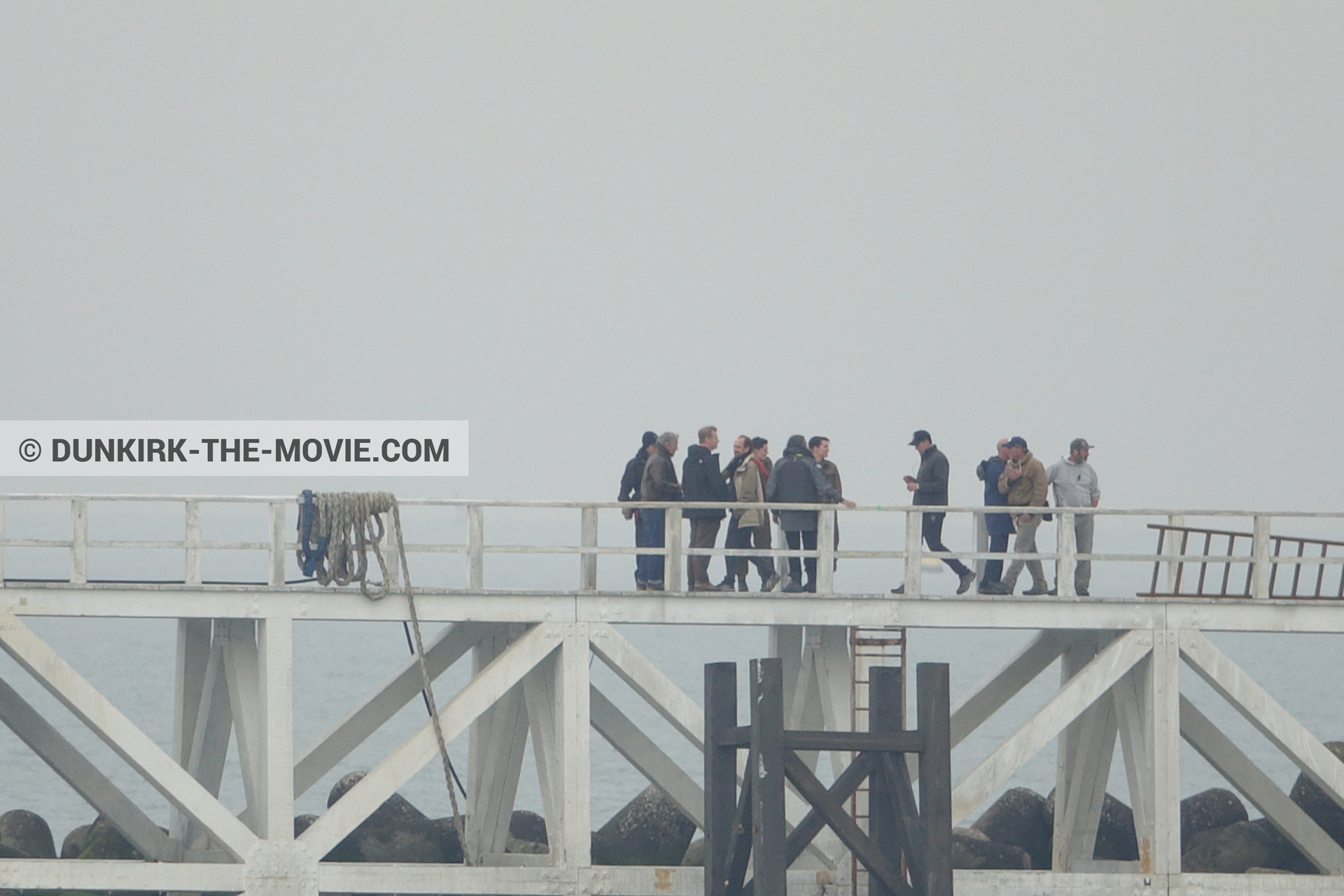 Picture with grey sky, Hoyte van Hoytema, EST pier, Christopher Nolan, technical team, Nilo Otero,  from behind the scene of the Dunkirk movie by Nolan