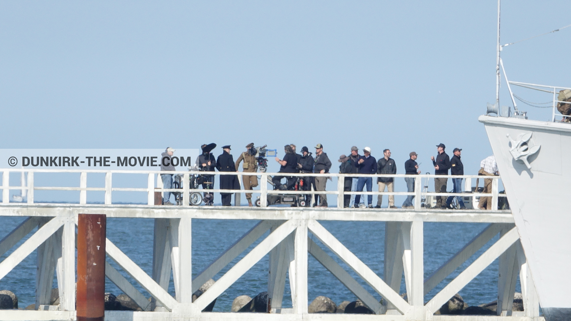 Picture with actor, IMAX camera, blue sky, supernumeraries, H32 - Hr.Ms. Sittard, Hoyte van Hoytema, EST pier, Kenneth Branagh,  from behind the scene of the Dunkirk movie by Nolan