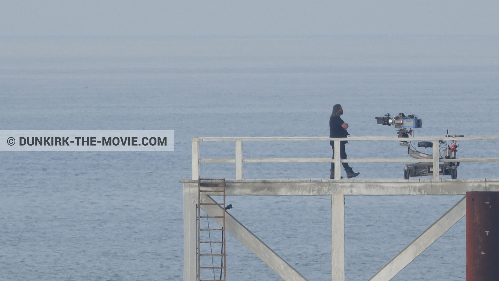 Picture with IMAX camera, Hoyte van Hoytema, EST pier,  from behind the scene of the Dunkirk movie by Nolan