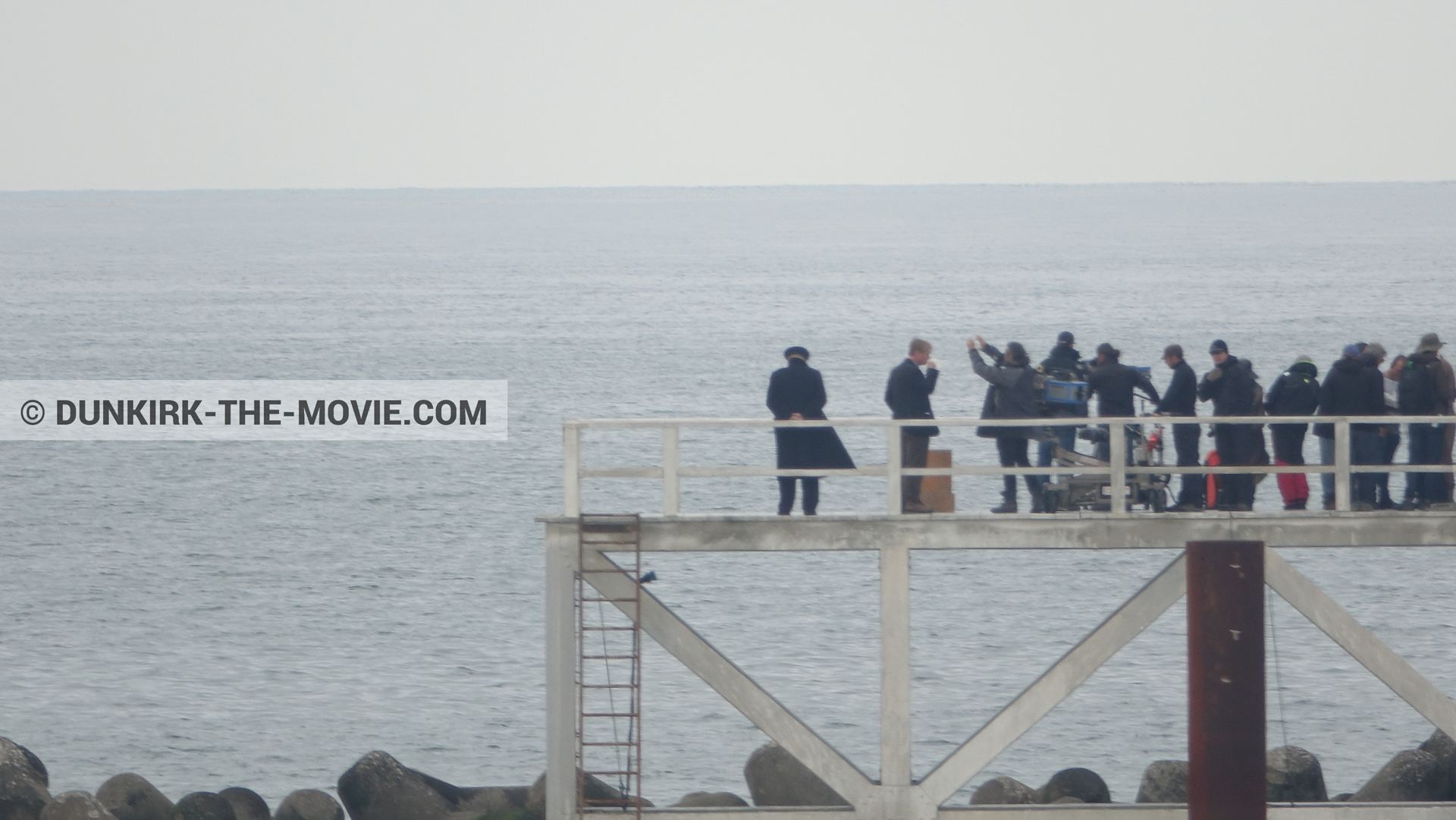 Picture with Hoyte van Hoytema, EST pier, Christopher Nolan, technical team,  from behind the scene of the Dunkirk movie by Nolan
