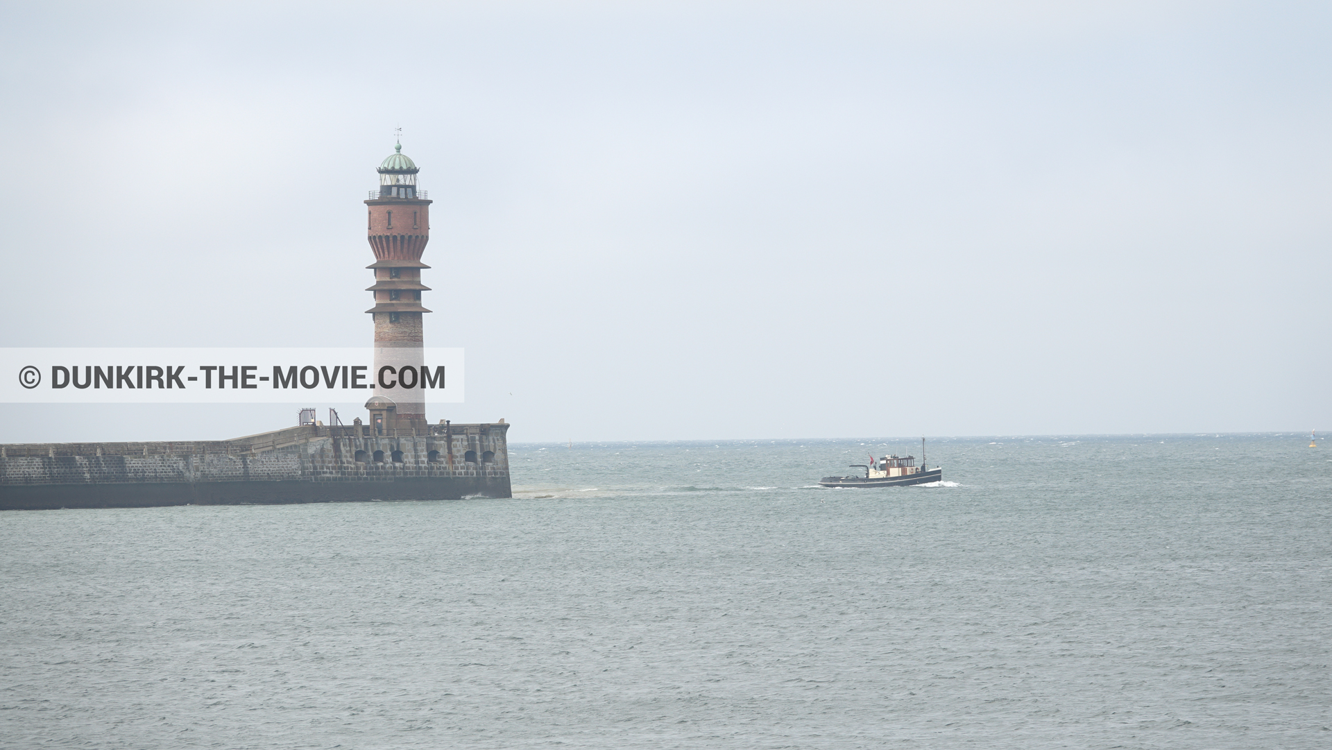 Picture with boat, St Pol sur Mer lighthouse,  from behind the scene of the Dunkirk movie by Nolan