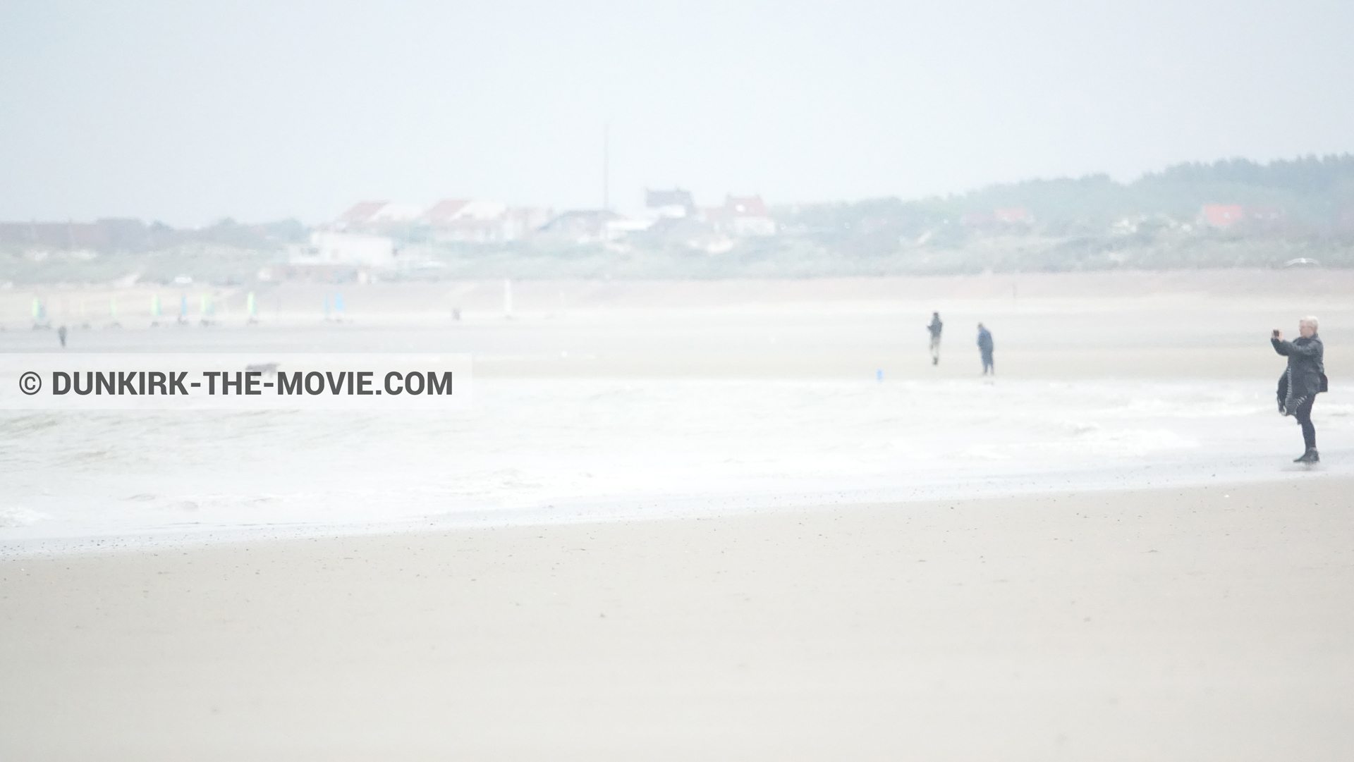 Picture with Malo les Bains, beach,  from behind the scene of the Dunkirk movie by Nolan