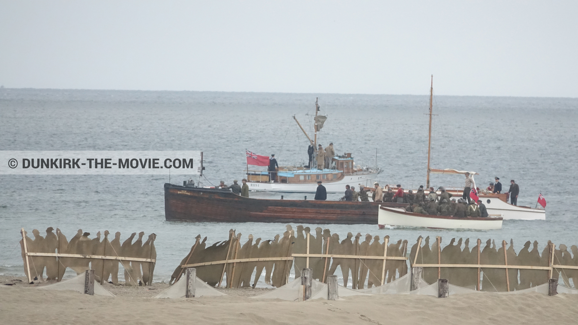 Picture with boat, decor, beach,  from behind the scene of the Dunkirk movie by Nolan